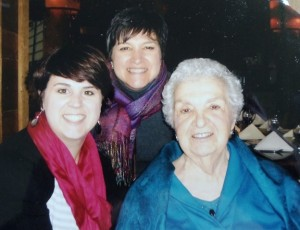 11 Anna with daughter Marianna (center) and granddaughter Andrea (left) circa 2000