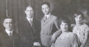 Demetrios, Evan, Othon, Polexeni and Mary 1924