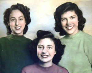 15Angie, Vicky and Mary Carras, circa 1945