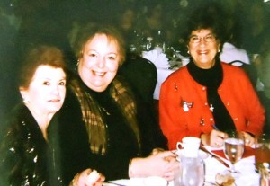 16 Dorothy Haskell, Andreanna, and Maria 2009