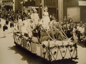 26  AHEPA float in Aberdeen parade, circa 1939