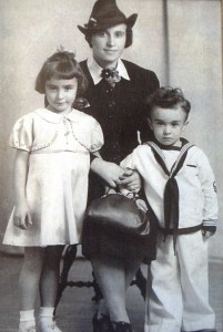 4 Alexandra, Rose and Nick, circa 1939