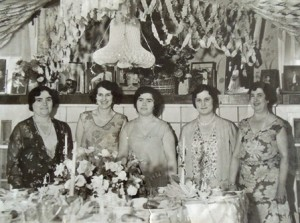 5 Bridal shower (l-r) Maria Kokinakis, Eftalia Kokinakis, Unknown, Irene Cokinakis, Antigoni Papathakis, 1930