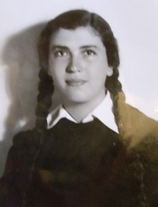 5 Elly, high school graduation, 1943