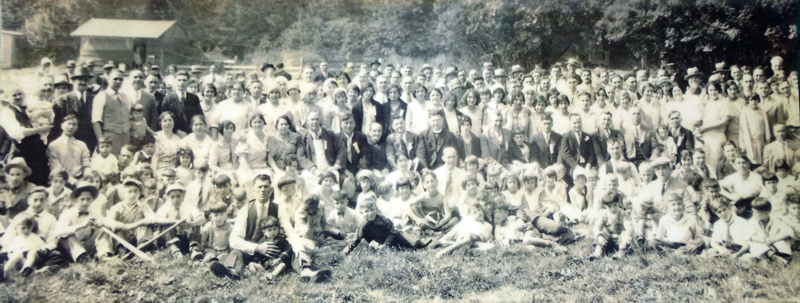 6 Greek picnic, circa 1929