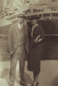 7 Antonios and Evangelia in Pireaus, 1939