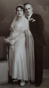 14  Adamandia and Thrasivoulos wedding, April 23, 1933