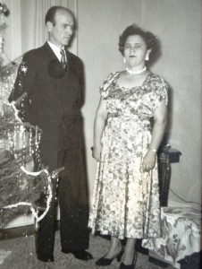 7 George and Eleni Malevitsis, 1953