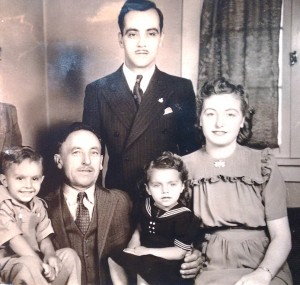 4a-argetes-family-l-r-george-george-theodore-virginia-eula-1940s