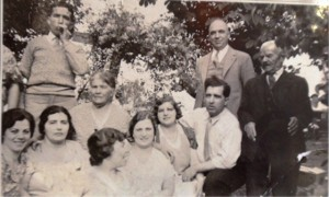 10 COKINAKIS SIBLINGS, 1949
