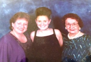 12 Marilyn, her daughter Mimi and Joanna, 2000