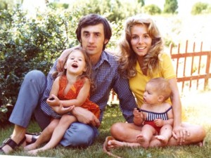 15 Heather, Gus, Connie and Khristina, 1972