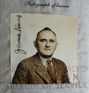 2 James Kravas passport, circa 1910
