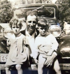 4 Dina, Artemis and Pete with the Chevy, circa 1930s