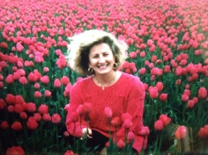 6 MEROPI  IN THE TULIPS, 1995