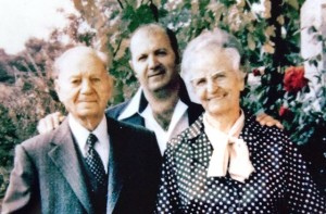 8 Terry with parents in Greece 1970