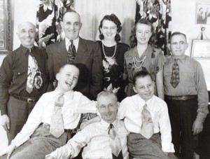 10  Manos family and friends, 1950s