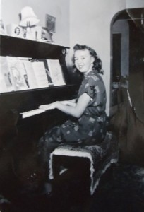14 Pearl at the piano, circa 1953