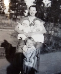 8 Mary Manos holding twon sons and Pearl, 1938