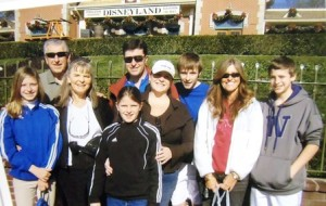 9 Skimas family, at Disneyland 2002