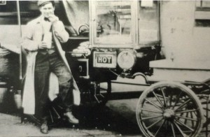 2 WITH POPCORN WAGON, CIRCA 1908