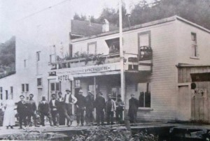 4 Fisherman in front of Falangus Grocery, Clifton, Oregon, 1902
