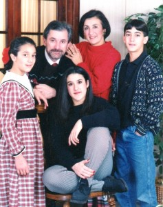 11 Damascus family  (l-r)  name  Nick, name, Mary, name, 1994