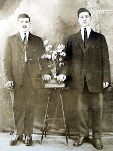 2 Tom and Chris Panagiotou, 1916