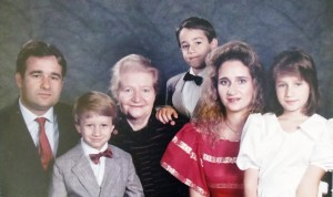8 Family photo, late 1980s