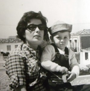 7 Nouna Toula and Stamatis, 1965