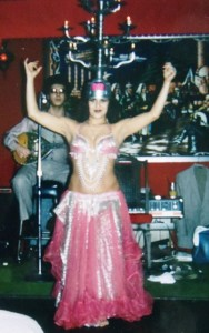 11-candelabra-dance-at-the-lebanon-restaurant-1980s