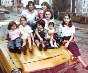 18 With cousins on the Vega, Maria in the middle, 1978